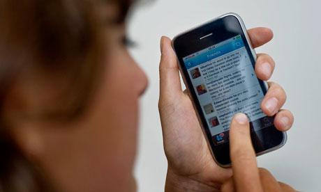 Should empaths avoid social media?
